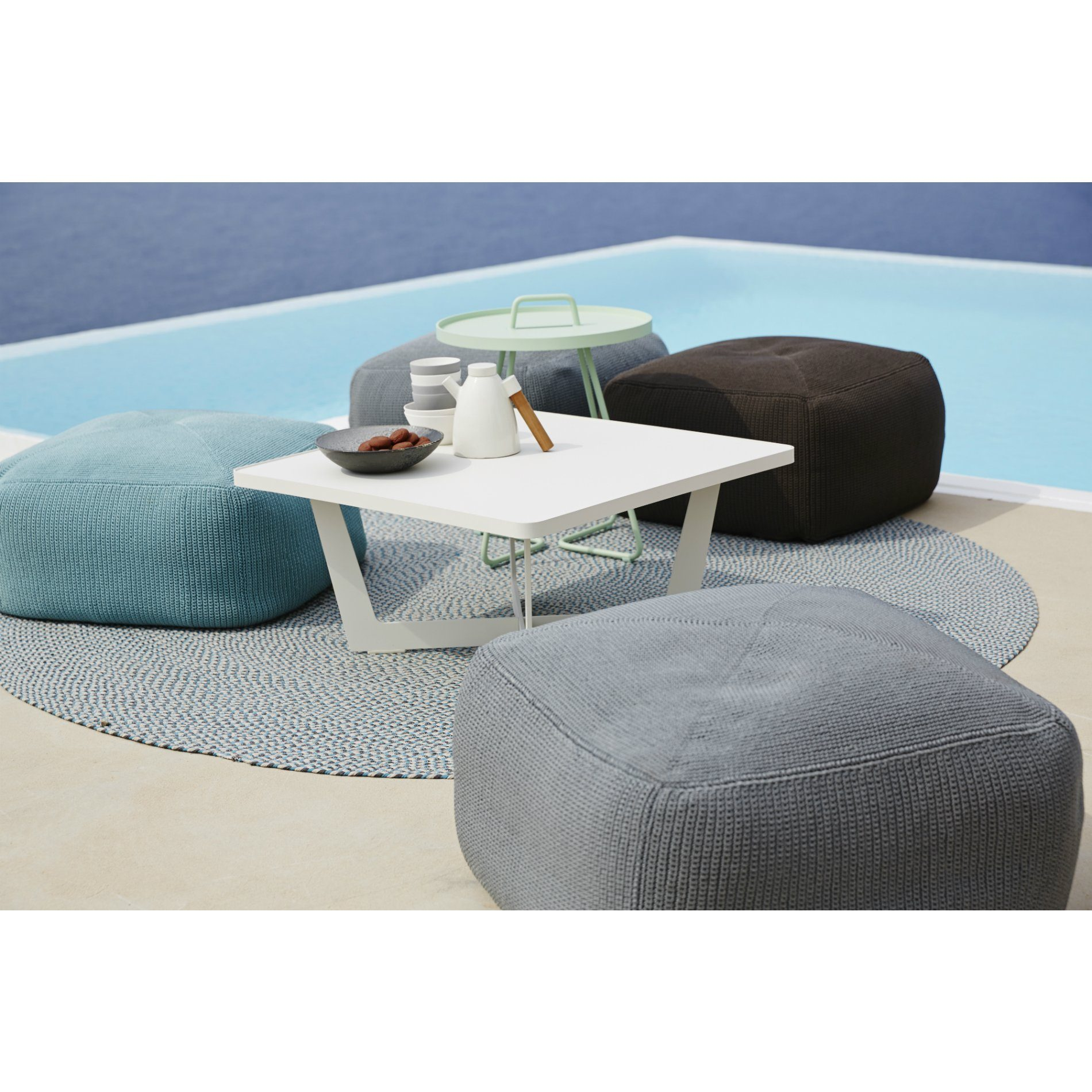 cane line outdoor teppich defined rund. Black Bedroom Furniture Sets. Home Design Ideas