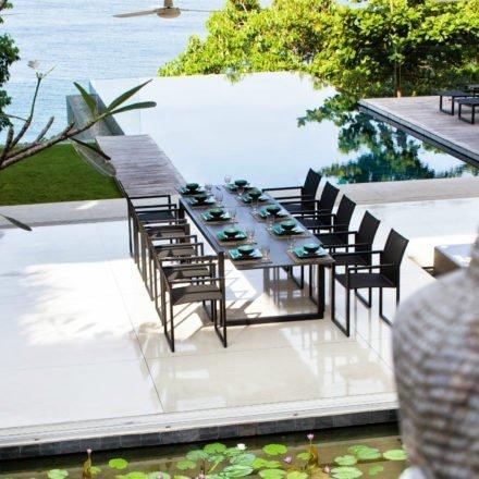 Gartentisch Ninix 300 von Royal Botania, Tischplatte schwarz, Gestell Edelstahl
