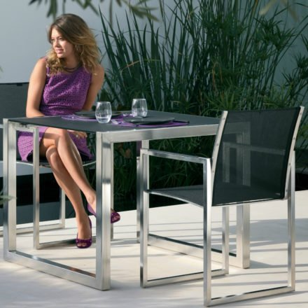 Gartentisch Ninix 90 von Royal Botania, Tischplatte schwarz, Gestell Edelstahl