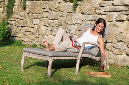 """SonnenPartner Deckchair """"Mauritius"""", Gestell Aluminium, Geflecht Polyrattan"""