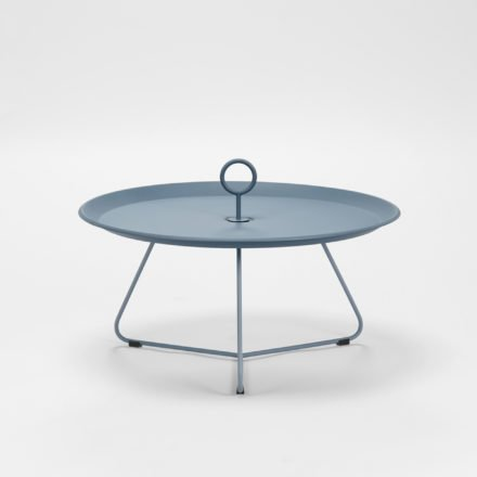 "Tray Table ""Eyelet"" von Houe, Durchmesser 70 cm, midnight blue"