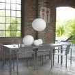 Gartenstuhl Pure (Aluminium), Stapelsessel von Solpuri, Aluminium anthrazit mit Gartentisch Classic Aluminium, Tischplatte Keramik