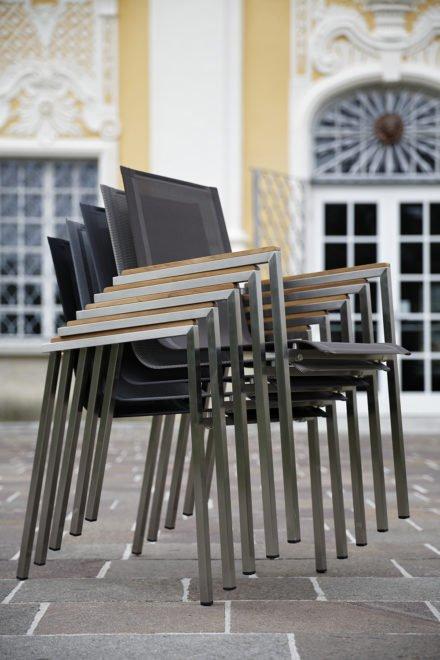 Gartenstuhl Rimini von Diamond Garden, Edelstahlgestell, Textilgewebe gestapelt