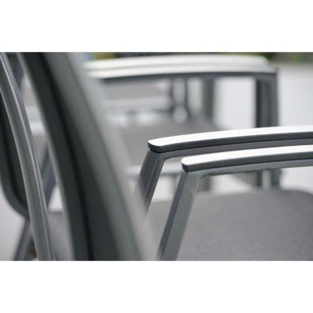 "Stern Stapelsessel ""Ron"", Gestell Aluminium graphit, Sitz & Rücken aus Textilgewebe silbergrau, Armlehnen Aluminium anthrazit"