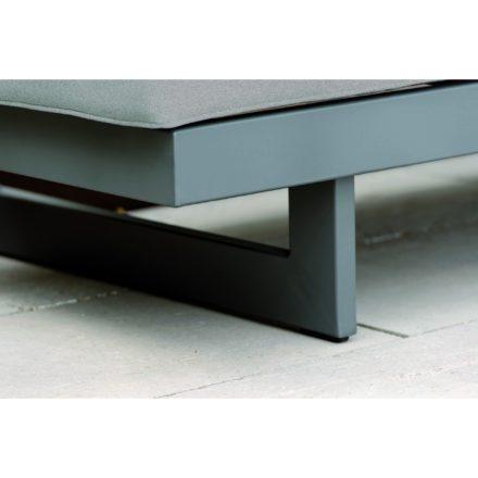 """Bank/Liege """"New Holly"""" von Stern, Gestell Aluminium anthrazit, Auflage (100% Polyacryl) seidengrau"""
