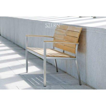 Gartenbank Savona von Stern, Gestell Edelstahl, Sitz- und Rückenfläche Teakholz