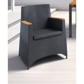 Dining-Sessel-Rio von Fischer Möbel, Textilgewebe anthrazit, Armlehnen Teakholz