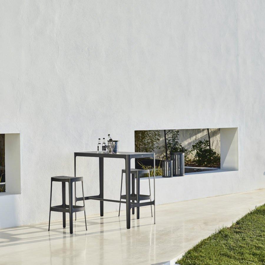 bartisch hoch perfect cool bartisch rund with bartisch rund with bartisch hoch finest. Black Bedroom Furniture Sets. Home Design Ideas