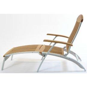 """Deckchair """"Centro"""" von Fischer Möbel, Gestell Aluminium eloxiert, Sitz- bzw. Liegefläche Teakholz"""