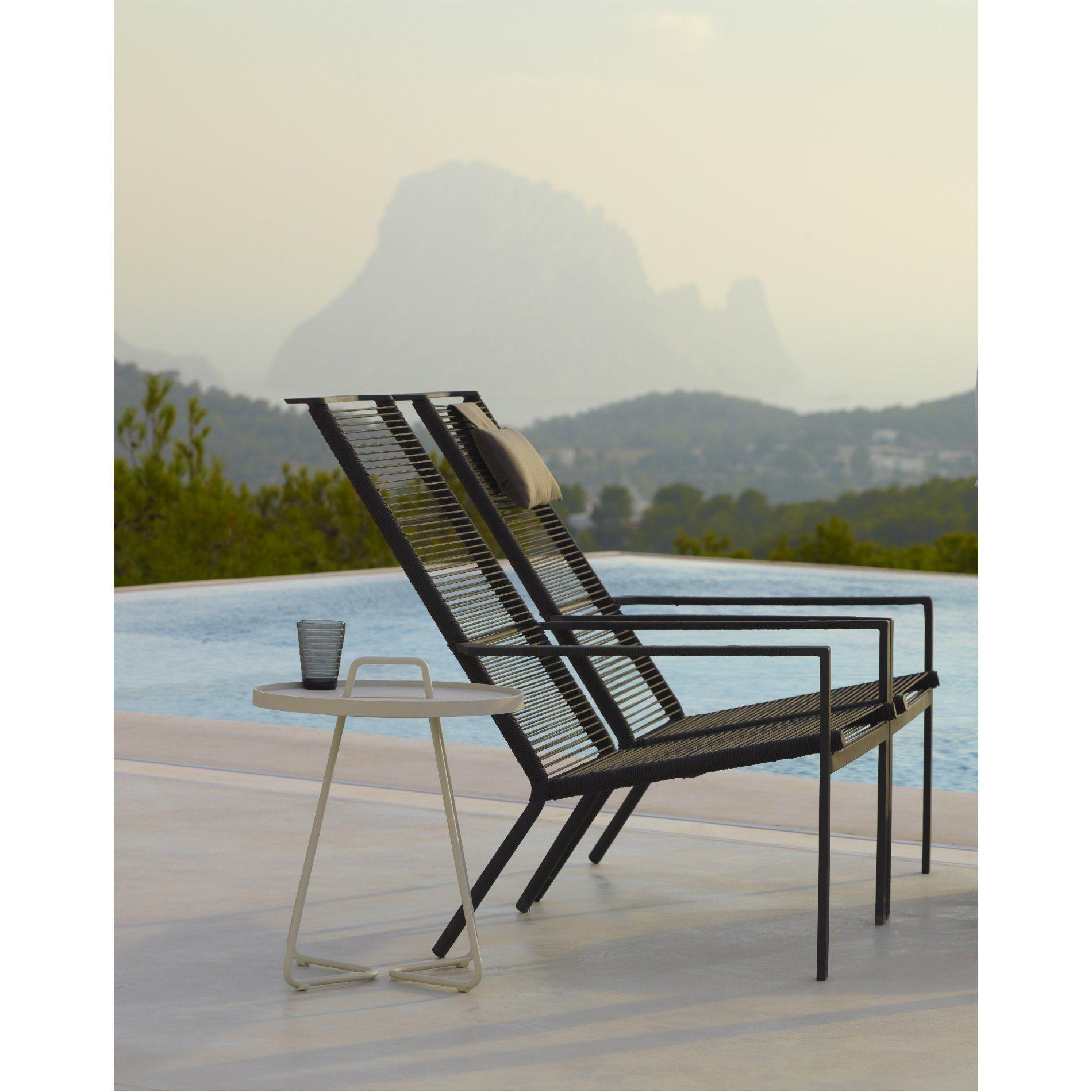 cane line loungesessel edge stapelsessel hoch. Black Bedroom Furniture Sets. Home Design Ideas
