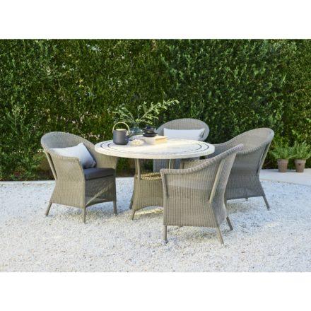 """Gartensessel und runder Gartentisch """"Lansing"""" von Cane-line, Polyrattan taupe, Tischplatte Travertin"""