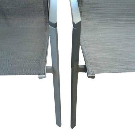 Stern Farbwelt: links Aluminium graphit & Textilgewebe silbergrau, rechts Aluminium anthrazit & Textilgewebe karbon