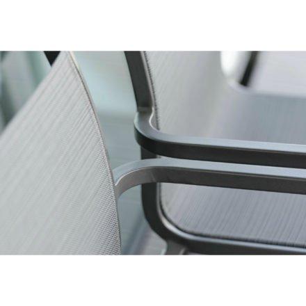 """Stern """"Oskar"""" Stapelsessel, Gestell Aluminium anthrazit, Textilgewebe karbon"""