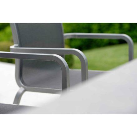 """Stern """"Oskar"""" Stapelsessel, Gestell Aluminium graphit, Sitzfläche Textilgewebe silbergrau"""
