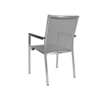 "Jati&Kebon Stapelsessel ""Darfo"", Gestell Edelstahl, Sitzfläche Textil silbergrau, Armlehnen Aluminium eisengrau"