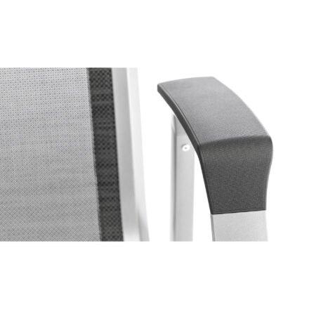 """Kettler """"Forma II"""" Stapelsessel, Gestell Aluminium silber, Sitzfläche Textilgewebe graphit, Armlehne mit Kunststoffauflage"""