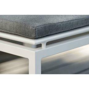 """Loungeserie """"Skelby"""" von Stern, Gestell Aluminium weiß, Textilenbezug silber, Sitzkissen seidengrau"""