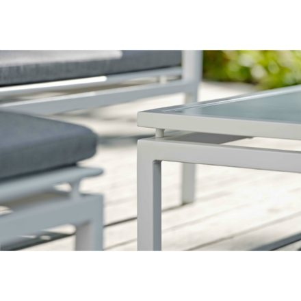 """Stern """"Skelby"""" Loungeserie, Gestell Aluminium weiß, Sitzflächen-Basis Textilen silber, Auflagen/Kissen seidengrau"""