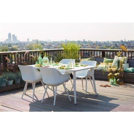 """Hartman """"Sophie Studio"""" Armchair, Gestell Aluminium royal white, Sitzschale royal white mit """"Sophie Studio"""" Gartentisch, Gestell Aluminium royal white, HPL-Platte"""