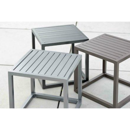 """Stern """"Robin"""" Beistelltisch, Gestell und Tischplatte aus Aluminium"""