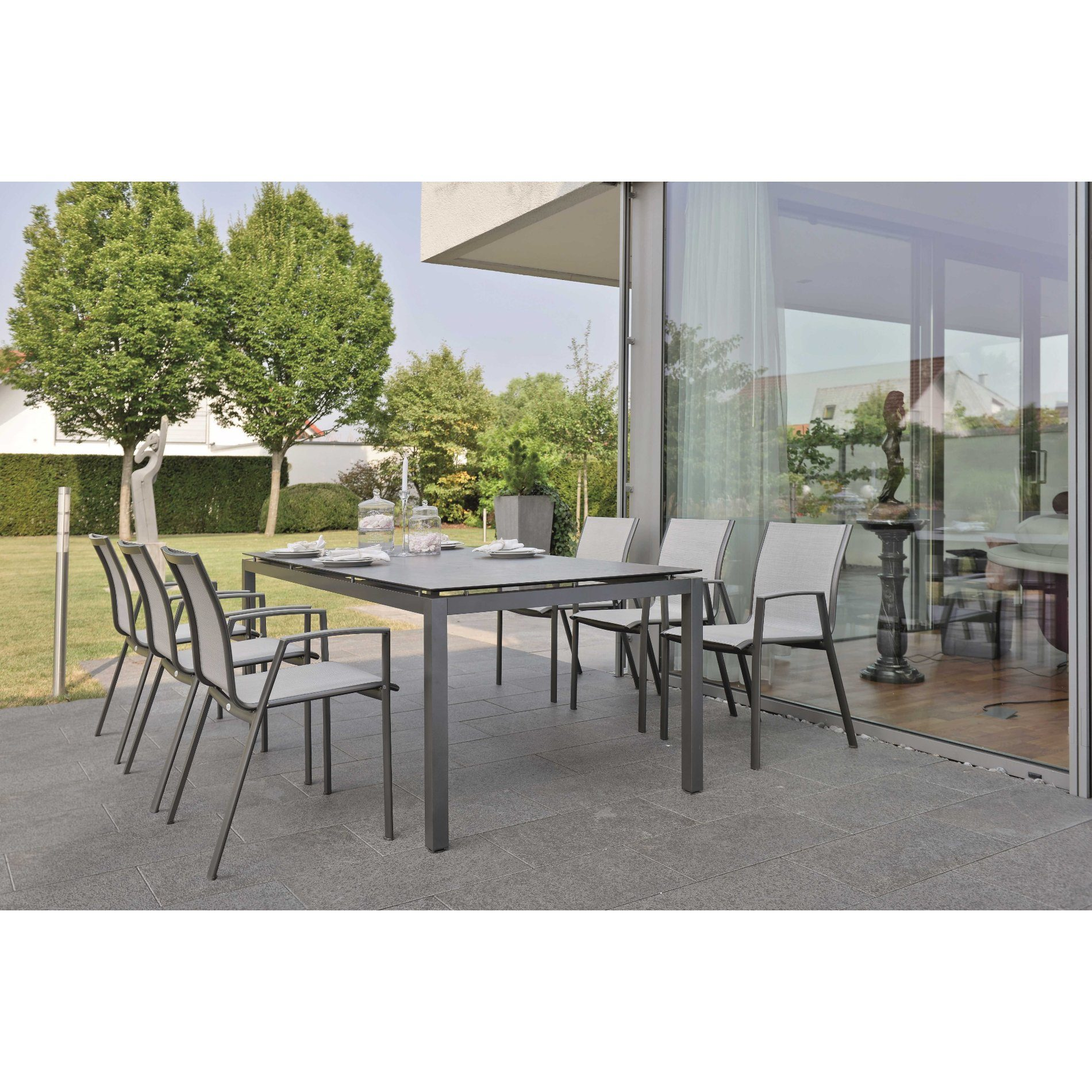stern gartenm bel set mit stuhl ron und tisch aluminium anthrazit hpl zement. Black Bedroom Furniture Sets. Home Design Ideas