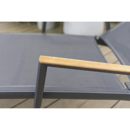 "Zebra Sonnenliege ""Fly"", Gestell Aluminium graphite, Teakarmlehnen, Liegefläche Textilgewebe carbon grey"