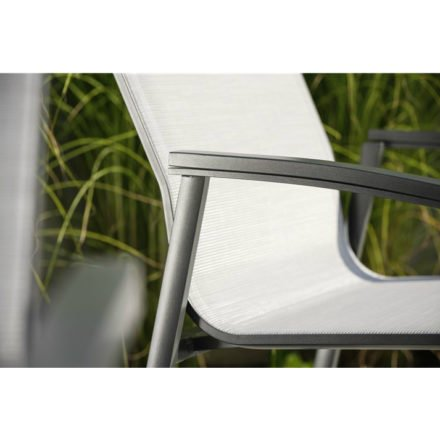 "Stern Loungesessel ""New Top"", Gestell Aluminium anthrazit, Textilgewebe silberfarben, Armlehnen anthrazit"