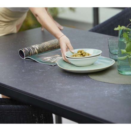 """Cane-line """"Drop"""" Gartentisch, Alu lavagrau, Tischplatte Keramik schwarz"""