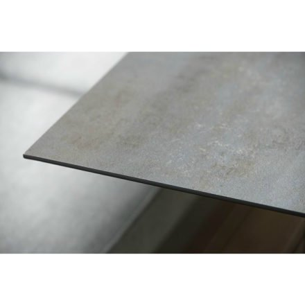 Stern Kufentisch, Gestell Aluminium anthrazit, Tischplatte HPL Nitro