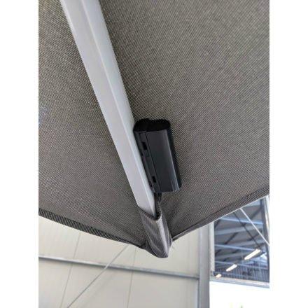 """Tierra Outdoor, LED Schalter beim Sonnenschirm """"Duraflex LED"""", Gestell Aluminium weiß, eckig 300x300 cm, Dessin darkgrey"""