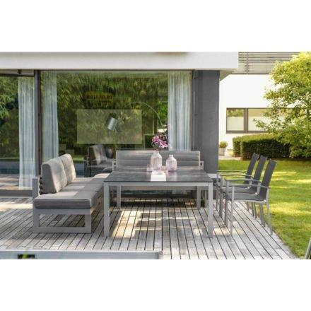 """Stern Gartenmöbel-Set mit Gartentisch 200x140 cm und Dining-Bank """"New Holly"""" sowie Stapelsessel """"Evoee"""""""