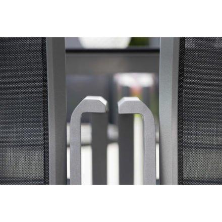 "Stern Stapelsessel ""Kari"", Gestell Aluminium graphit, Textilgewebe silbergrau"