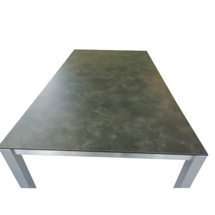 Stern Gartentisch Sondermodell, Gestell Edelstahl Vierkant, Tischplatte HPL Beton dunkel
