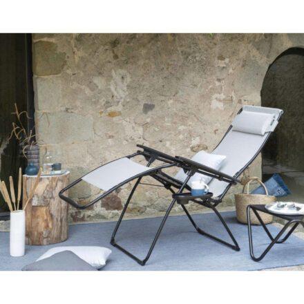 "Lafuma Relaxsessel ""Futura XL"", Textilfarbe galet, Liegeposition © LAFUMA MOBILIER - Pierrick Verny"