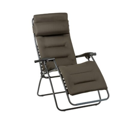 "Lafuma Relaxsessel ""RSX Clip"", Stahlrohr schwarz, Textilgewebe AIR COMFORT® taupe © LAFUMA MOBILIER - Pierrick Verny"