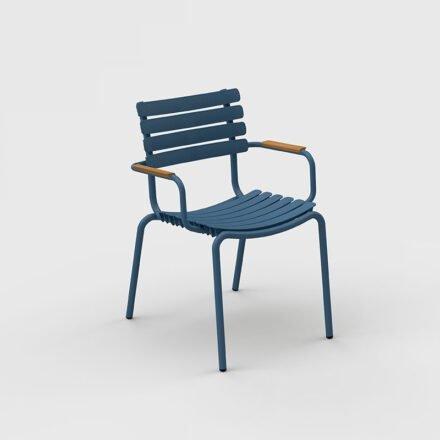 """Houe """"ReClips"""" Gartenstuhl, Gestell Aluminium blau, Lamellen aus recyceltem Kunststoff, blau, Bambus-Armlehnen"""