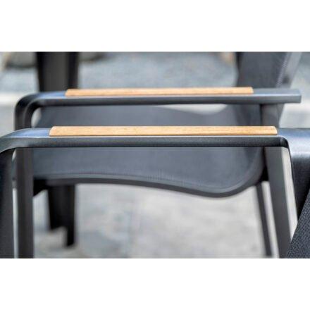 "Kettler ""Diamond"" Stapelsessel, Gestell Aluminium Anthrazit, Sitzfläche Twitchell® Charcoal, Armlehne Teak, Detail Armlehne"
