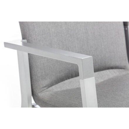 """Kettler """"Rasmus"""" Stapelsessel, Gestell Aluminium silber, Armlehne graphit, Polster Sunbrella® flanelle, Detail Armlehne"""