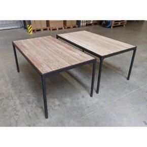 """Houe """"Four"""" Gartentisch, Gestell Aluminium schwarz, Tischplatte Bambus, Ausstellung Karlsruhe (rechter Tisch verkauft)"""