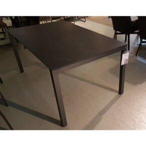 """SIT Mobilia """"Manhattan"""" Ausziehtisch, Gestell Aluminium eisengrau, Tischplatte Dekton Laos, Ausstellung Lauchringen"""