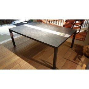 Stern Gartentisch, Gestell Aluminium anthrazit, Tischplatte HPL Dark Marble/Zement hell, Ausstellung Lauchringen