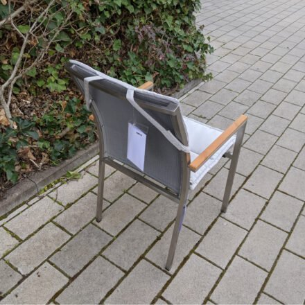 "Gartenkultur Auflage für Jati&Kebon ""Darfo"" Stapelsessel, Sunbrella® shingles, Füllung Vlies, Ausstellung Karlsruhe"