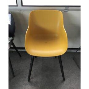 "Hartman ""Sophie Studio"" Organic Chair, Gestell Aluminium schwarz, Sitzschale Kunststoff curry yellow, Ausstellung Stockach"