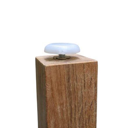 """Diamond Garden """"Gent"""" Gartentisch, Gestell und Platte Teakholz recycelt, Detail höhenverstellbare Schraubkappen an den Beinen"""
