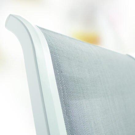 "Stapelsessel ""Calvi"" von Sieger, Gestell Aluminium weiß, Textilgewebe hellgrau"