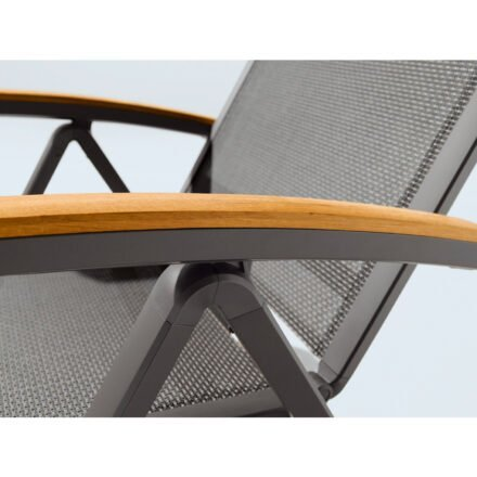 "Sieger ""Catena"" Klappsessel, Gestell Aluminium eisengrau, Sitzfläche Textilux grau, Armlehne Teakholz"